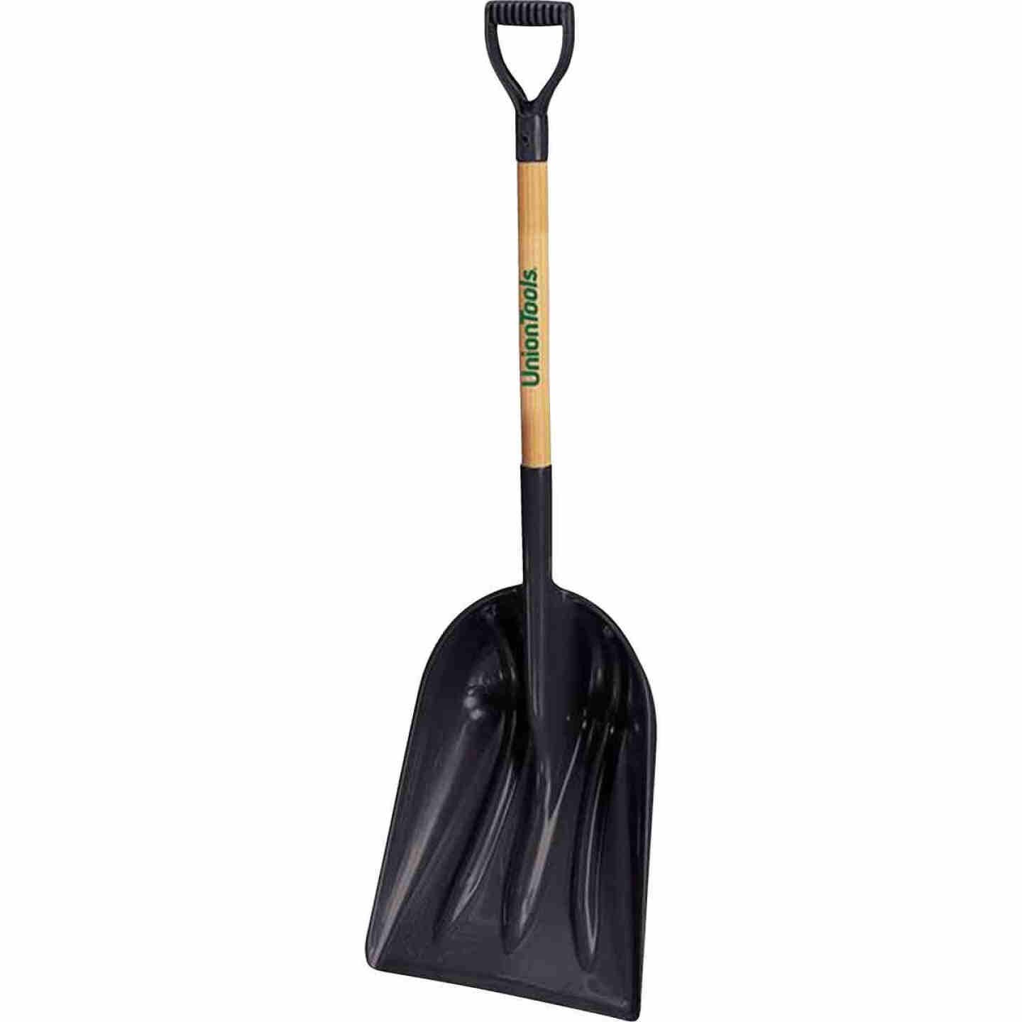 Union Tools 14.25 In. Poly Snow Shovel with 27.5 In. Wood Handle Image 1